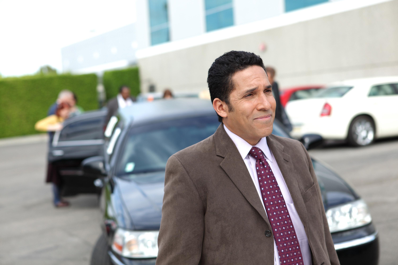 Oscar Nunez as Oscar Martinez in The Office