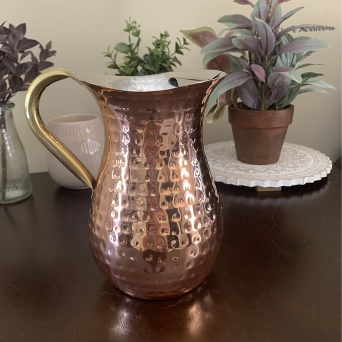 Review photo of the serving pitcher