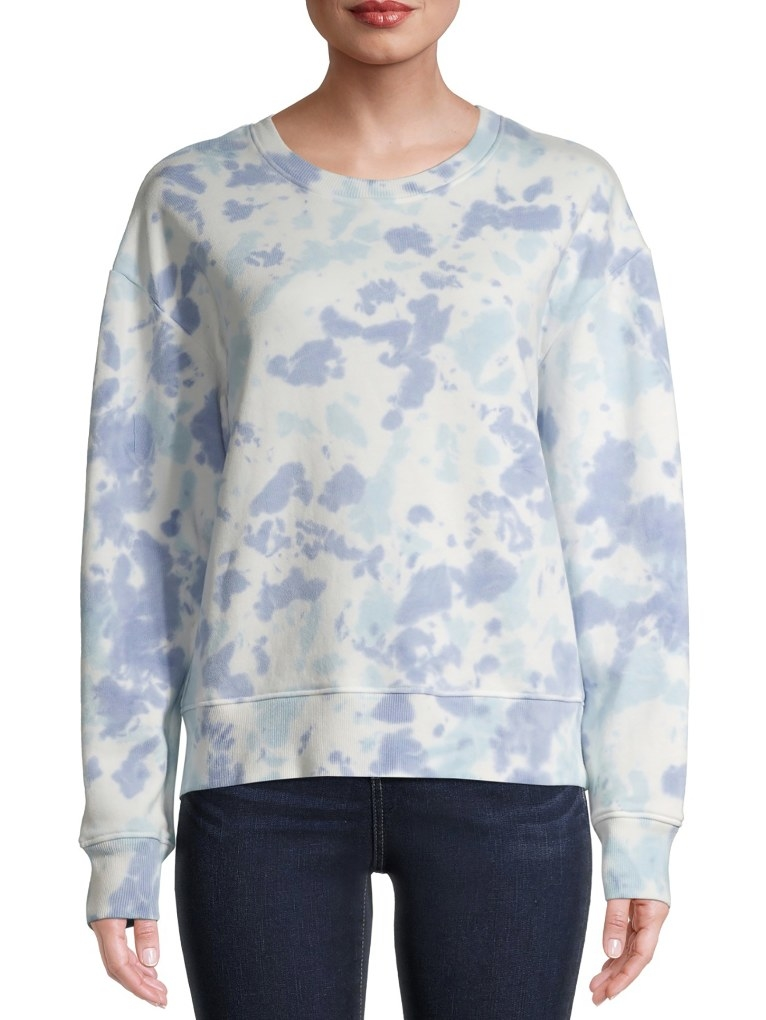The tie-dye sweatshirt