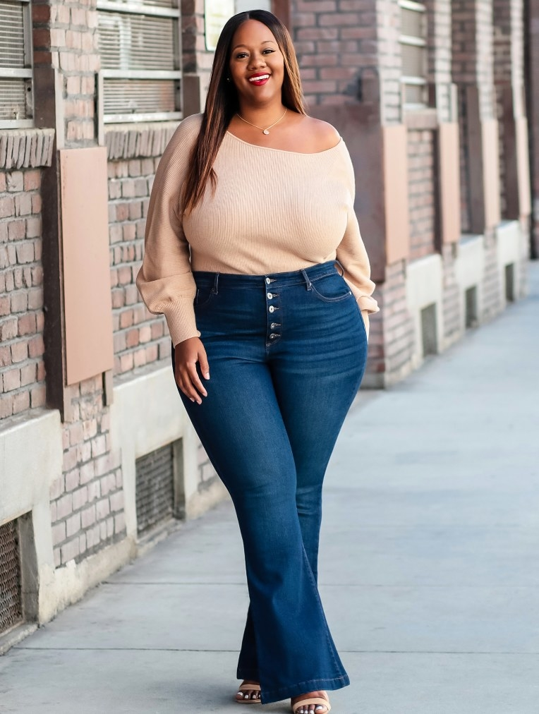 The stretchy flare jeans