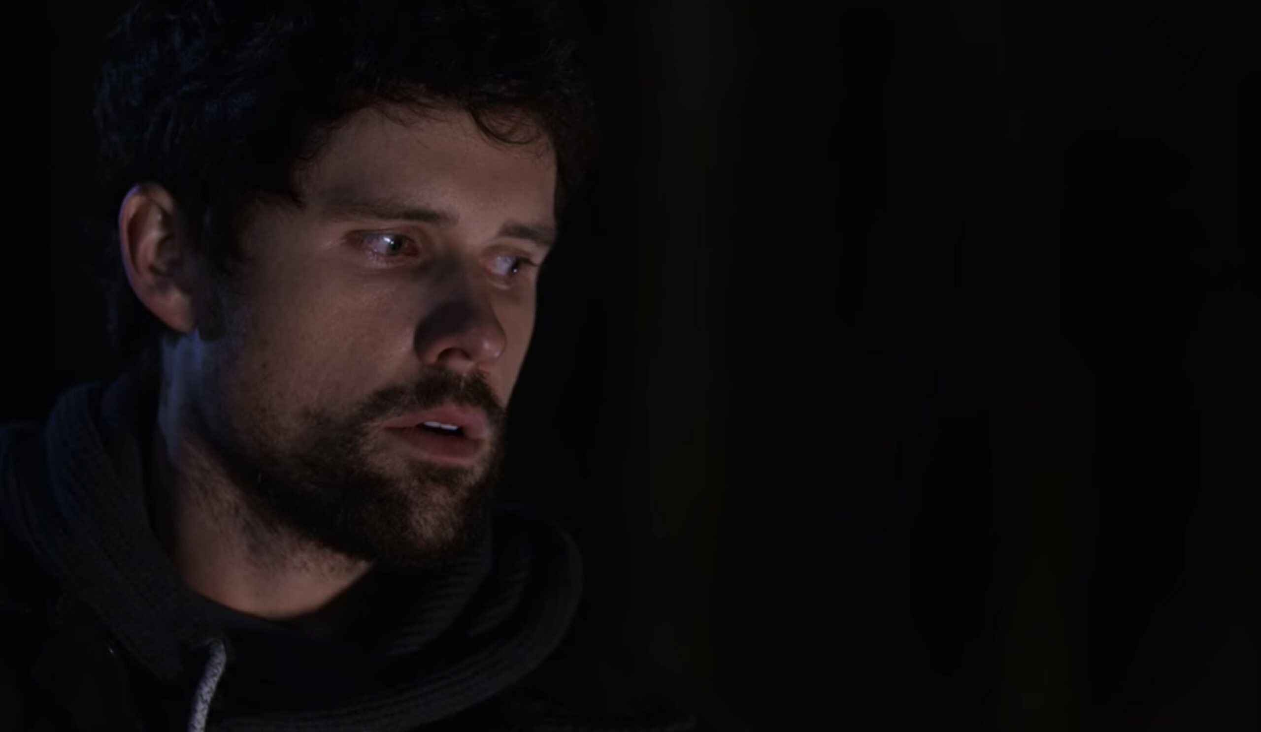 Brody in the dark faced with having to kill Spencer