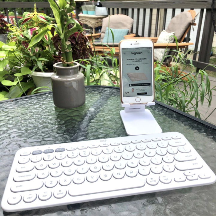 reviewer photo of the white keyboard