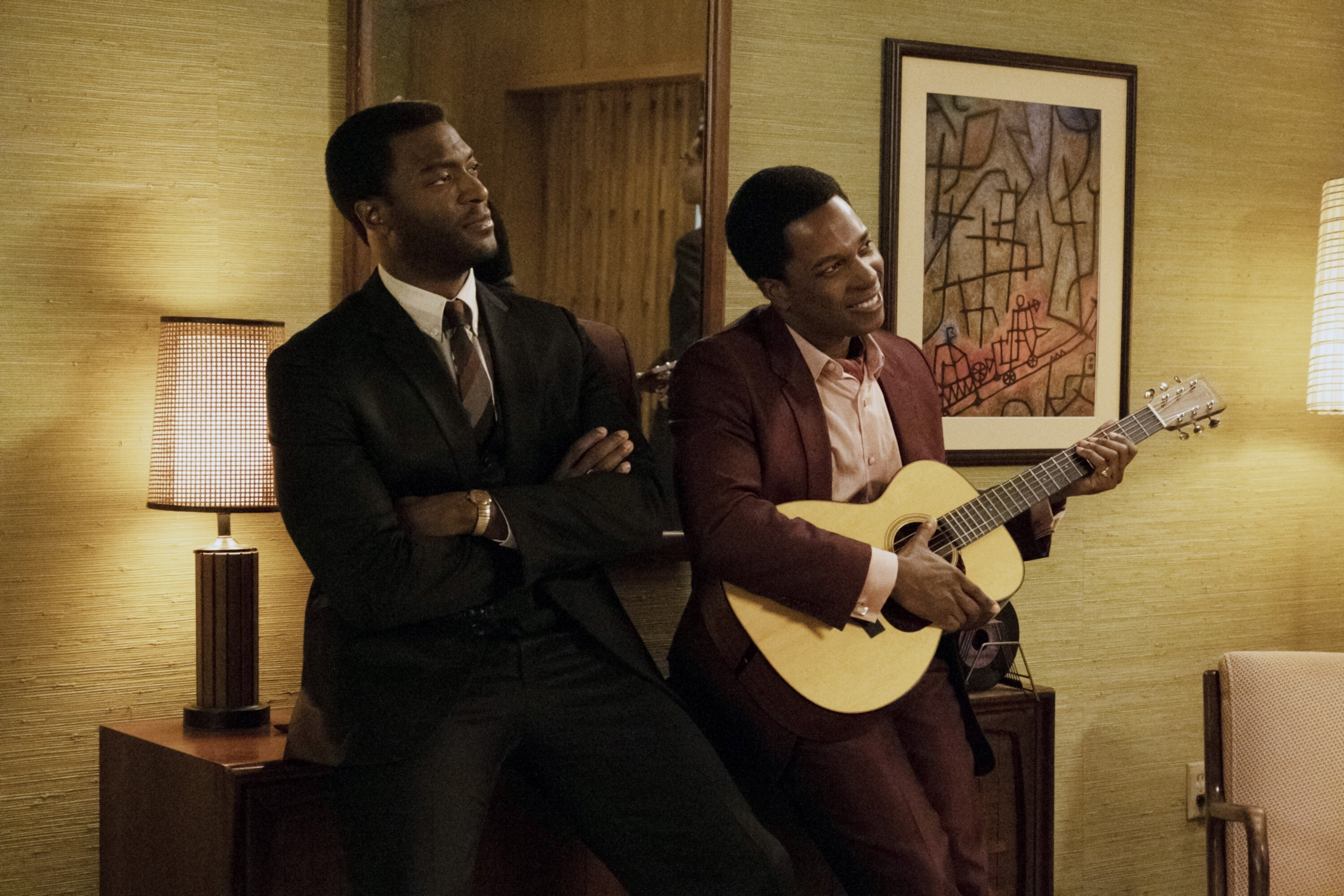 ONE NIGHT IN MIAMI, from left: Aldis Hodge as Jim Brown, Leslie Odom Jr. as Sam Cooke