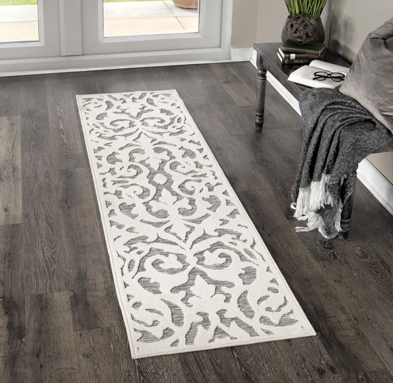 A white and grey floor runner