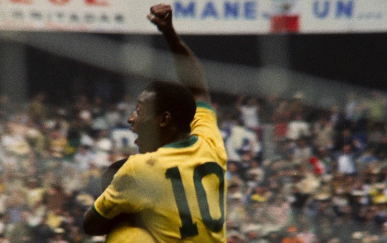 Pelé celebrating a goal