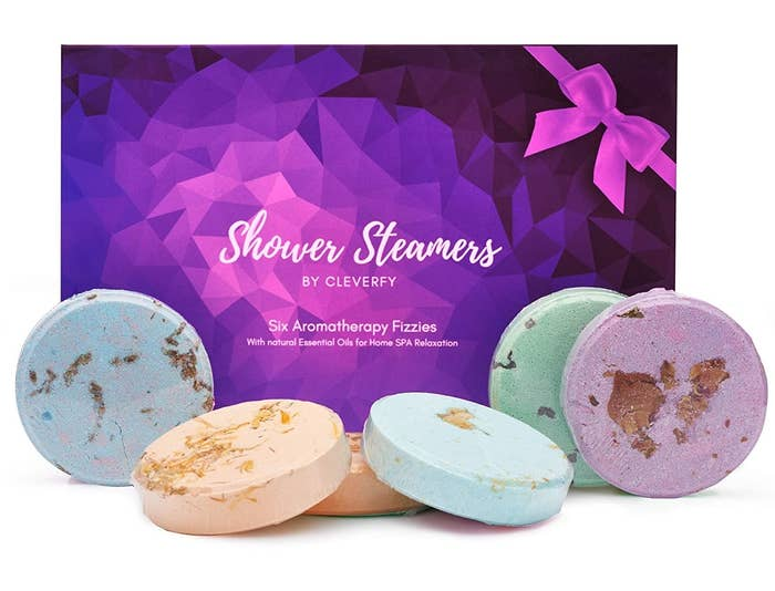 The steamers next to their packaging