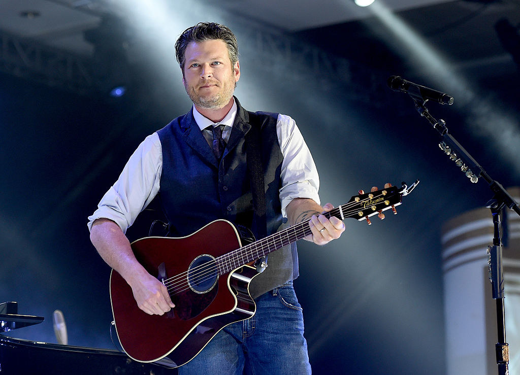 Blake performing  at Muhammad Ali's Celebrity Fight Night XXI