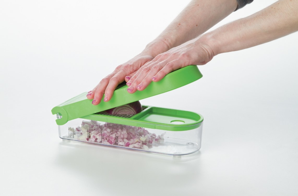 The onion chopper and dicer