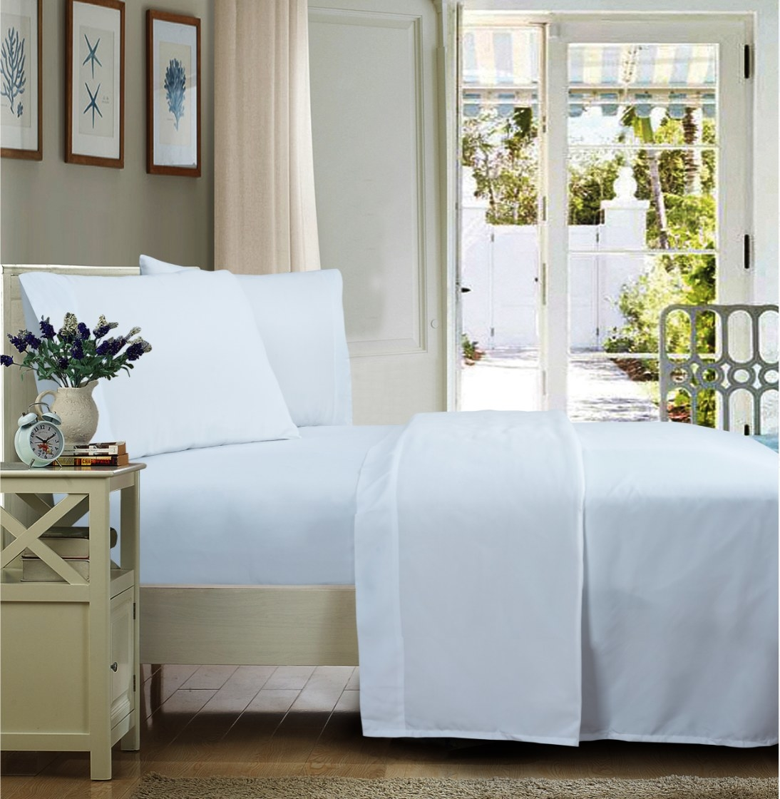The wrinkle-resistant microfiber sheet in arctic white