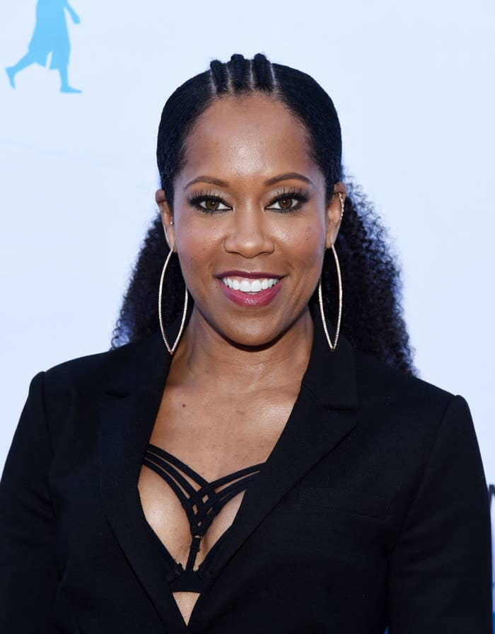 """Regina King arrives at the 6th Annual """"I Have A Dream"""" Foundation Los Angeles Dreamer Dinner Benefit"""
