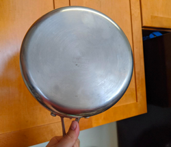 the same pan now looking silver and shiny again