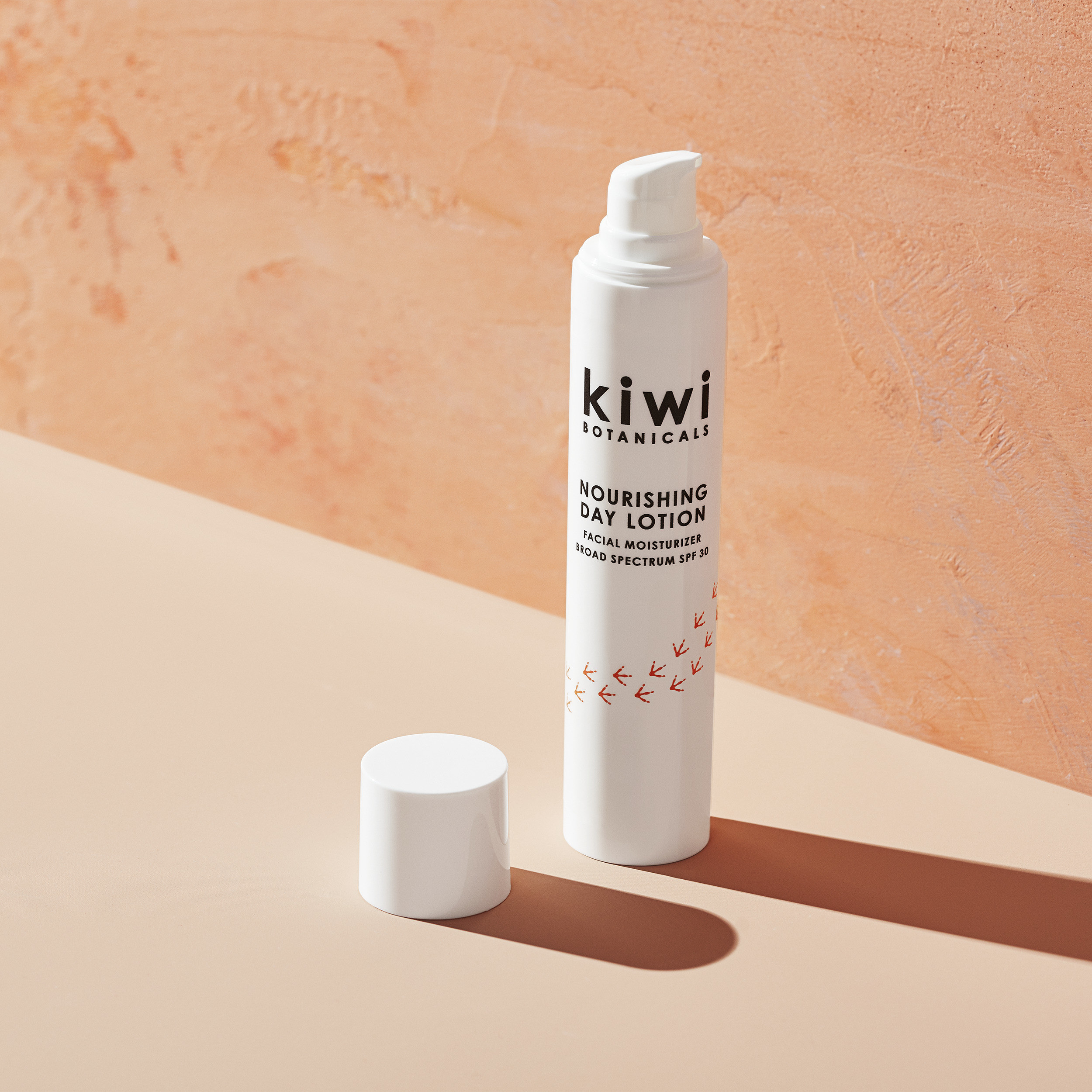 kiwi botanicals lotion bottle with spf 30