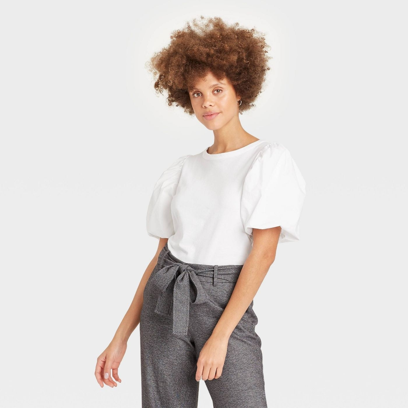Model in puff sleeve t-shirt