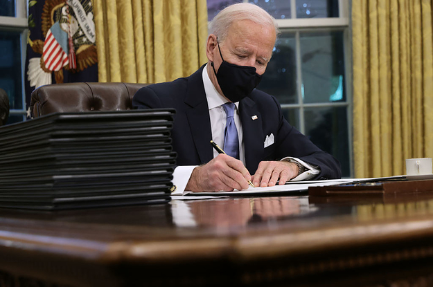 On Day 1, Biden Directed The US To Rejoin The Paris Climate Accord BuzzFeed » World RSS Feed BUZZFEED » WORLD RSS FEED : PHOTO / CONTENTS  FROM  BUZZFEED.COM #NEWS #EDUCRATSWEB