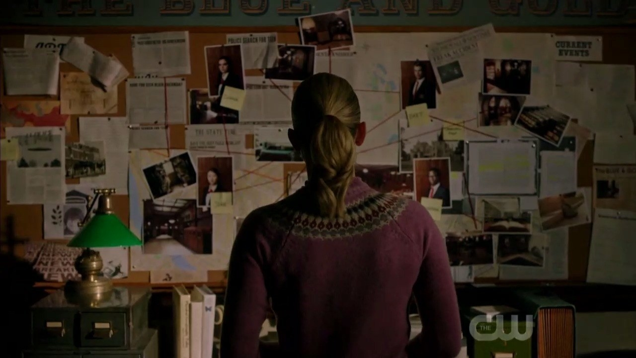 Betty Cooper solving a murder at her murder board on Riverdale