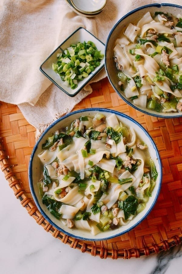 Bowl of Shanghai home-style noodle soup