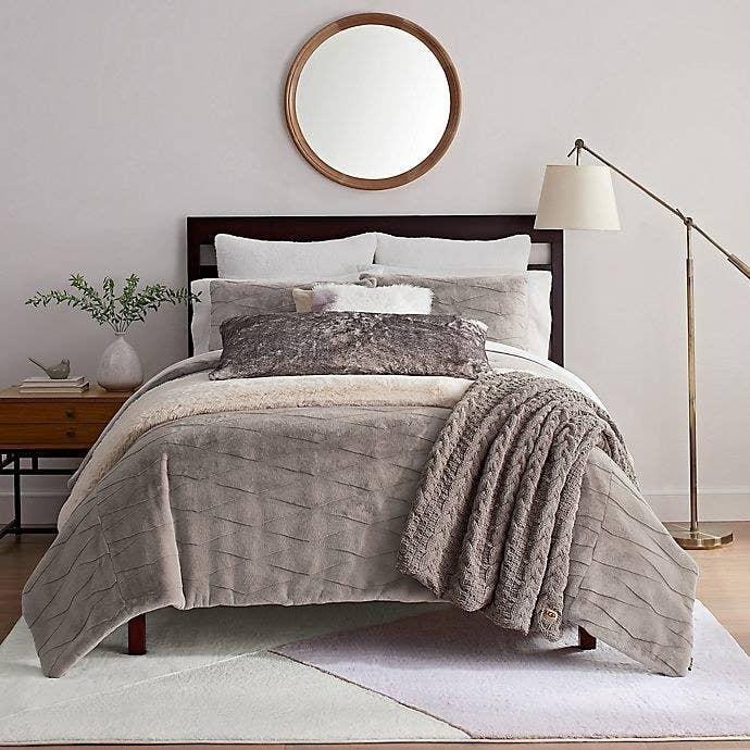 the purple comforter set