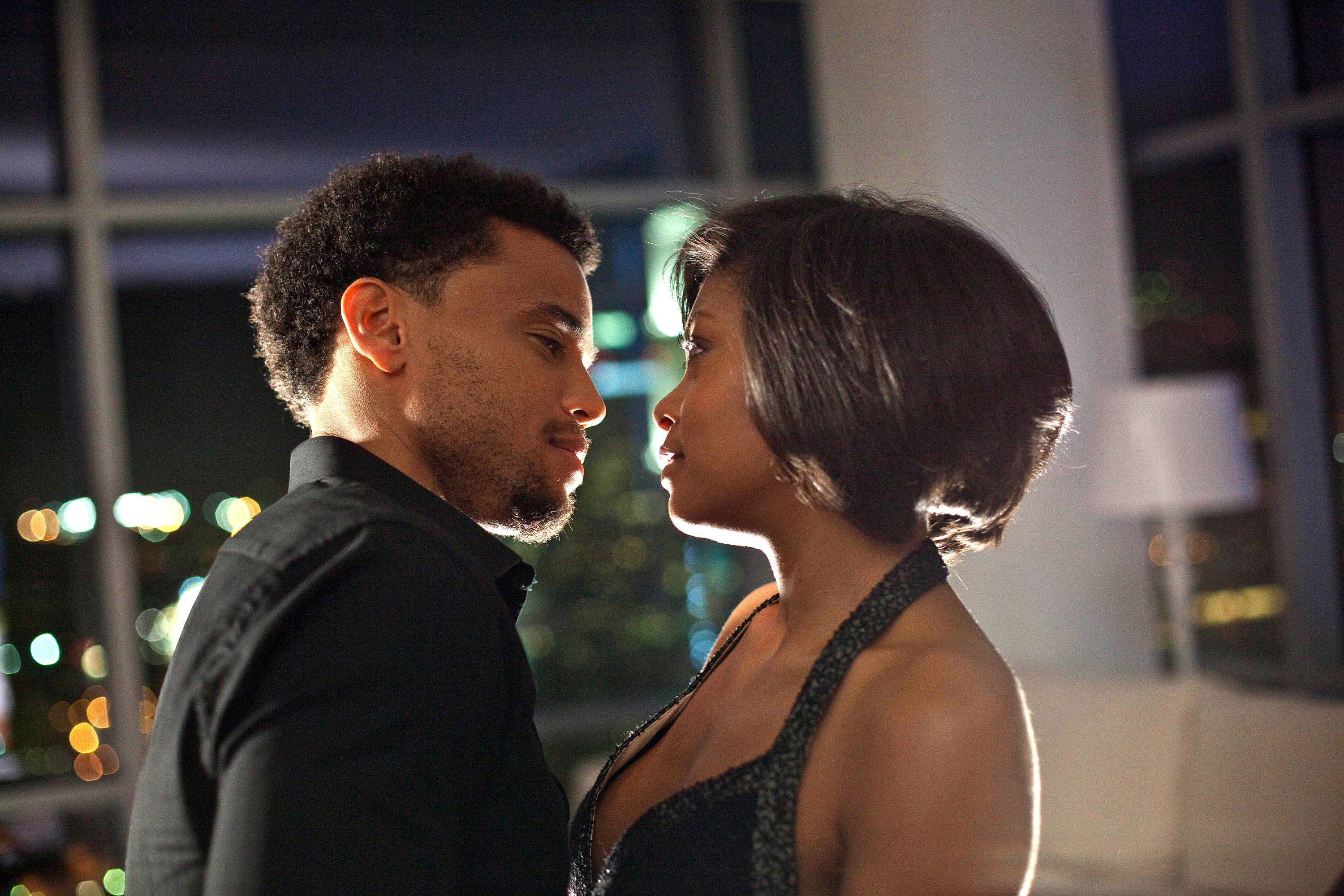 """Taraji P. Henson and Michael Ealy about to kiss in """"Think Like a Man"""""""