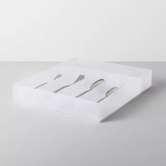 The frosted cutlery tray