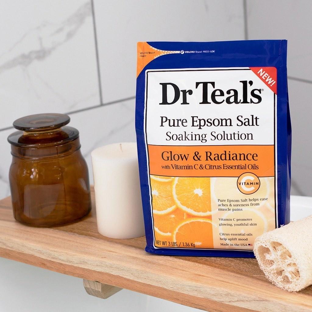 a blue bag of dr teal's glow and radiance epsom salt