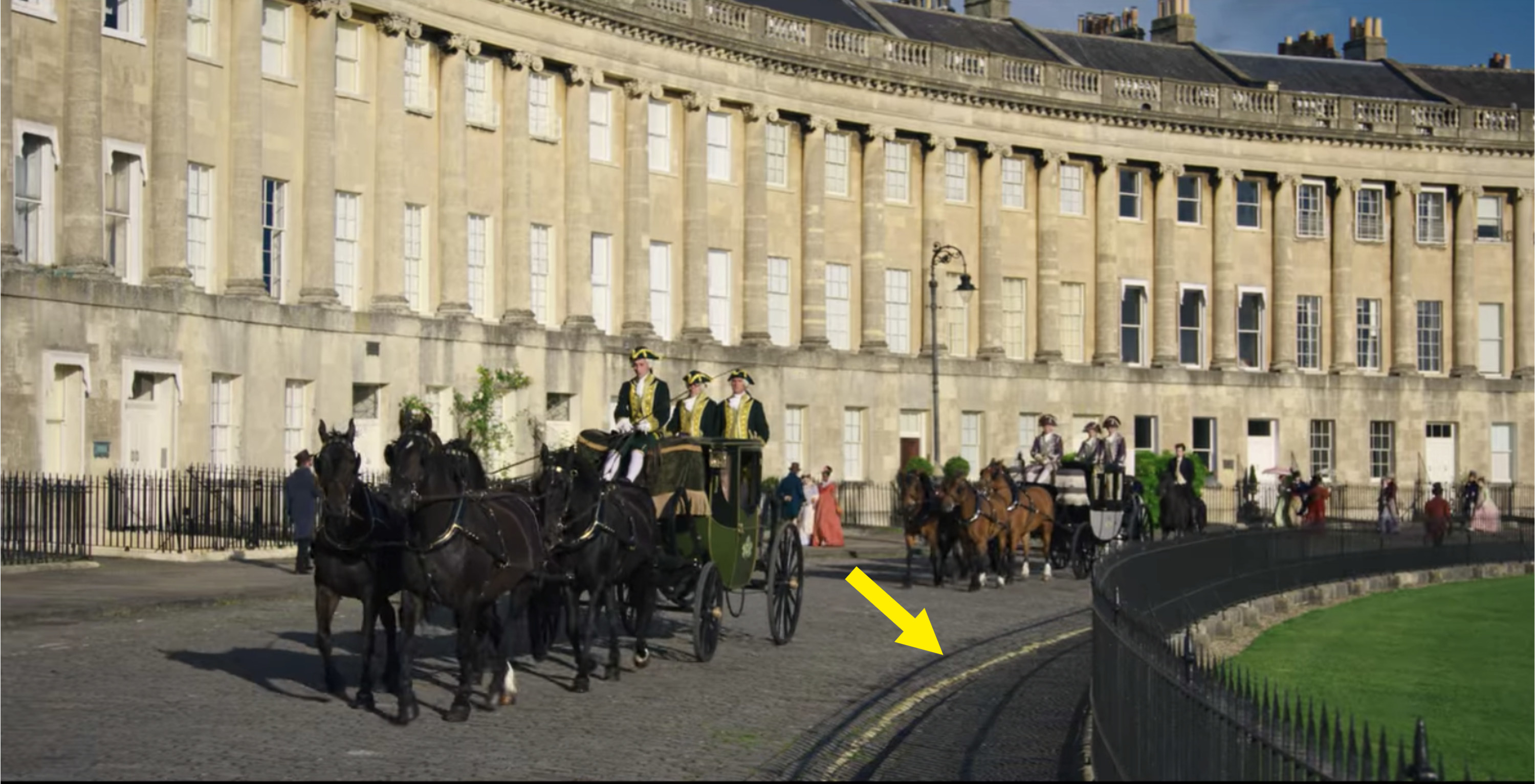 The ton entering the queen's palace