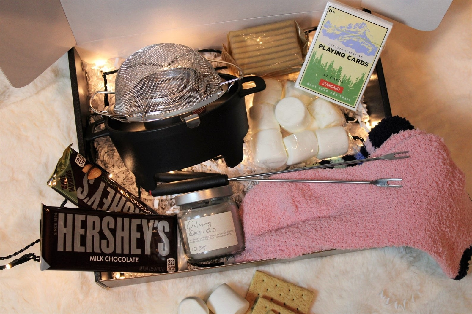 S'mores kit opened to reveal contents