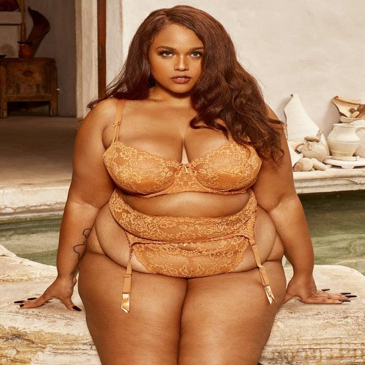 Plus size model in lacy lingerie