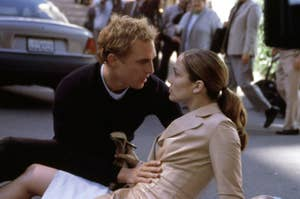 still of J.Lo and Matthew McConaughey in The Wedding Planner on the street