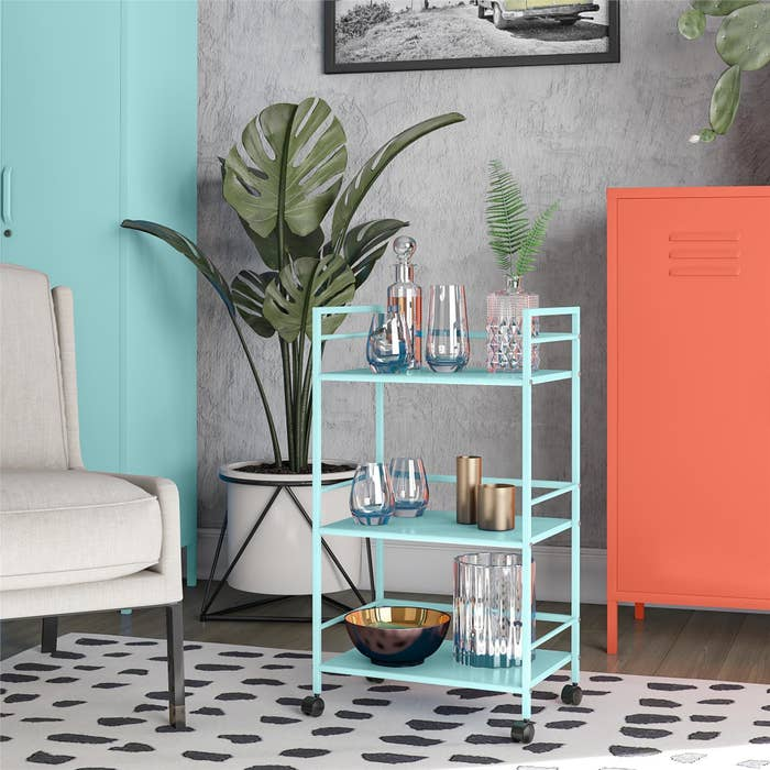 The cart in the color Mint