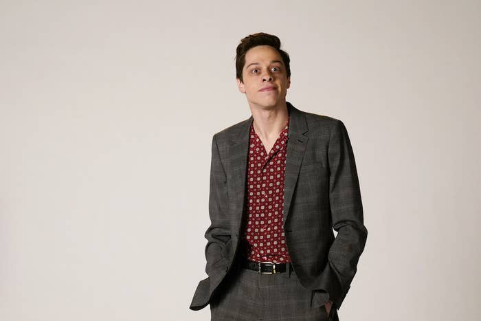 """Pete Davidson as Rami Malek during the """"Oscar Host Auditions"""" sketch on SNL."""
