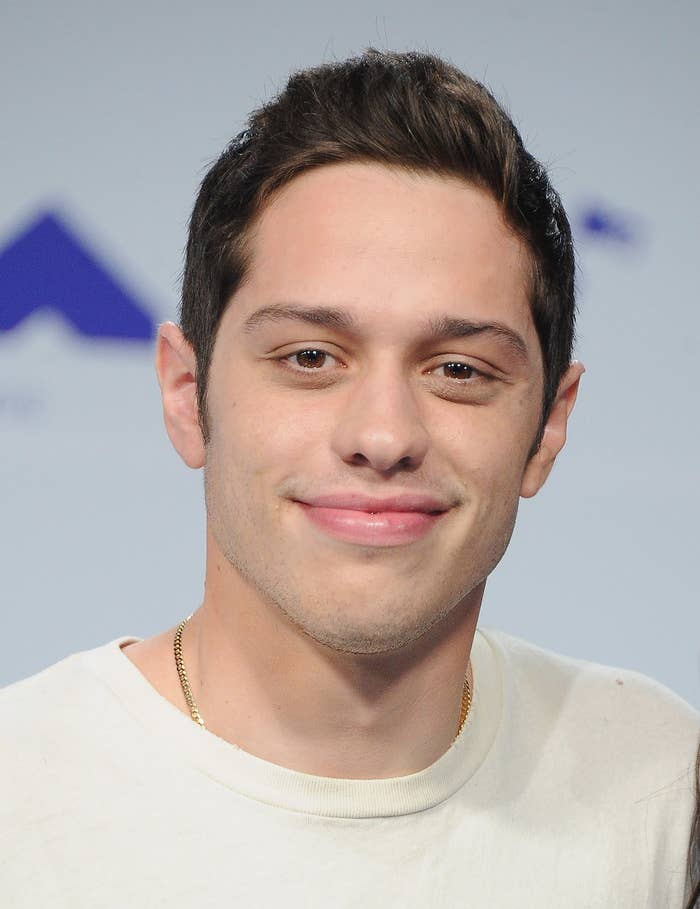 Pete Davidson arrives at the 2017 MTV Video Music Awards at The Forum.