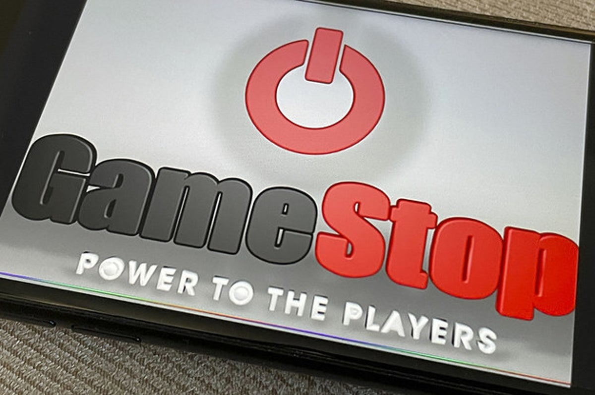 www.buzzfeed.com: Two Wall Street Firms Took Huge GameStop Losses After Admitting Defeat To Redditors