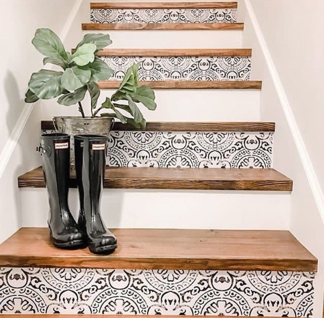 black and white pattern on stairs