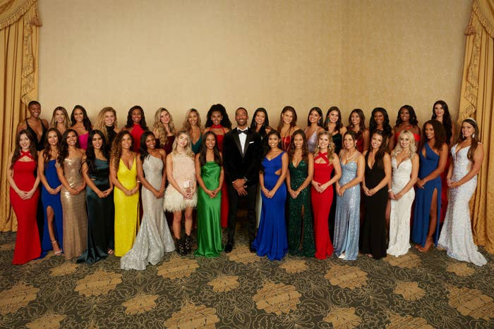 all 32 girls in the first episode of The Bachelor