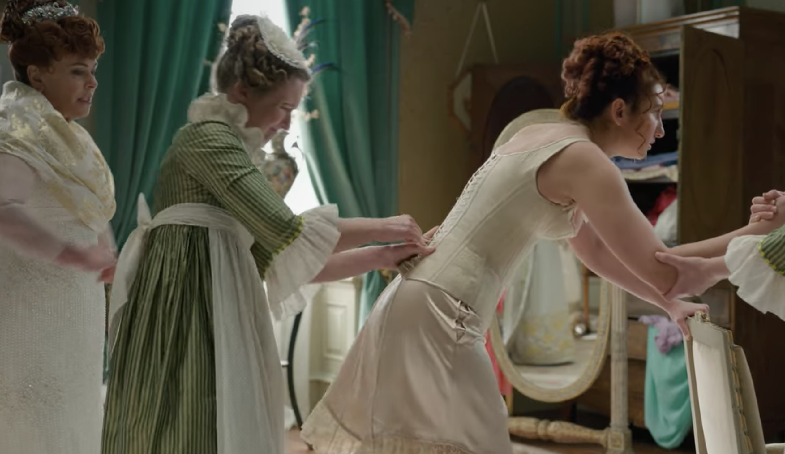 Prudence Featherington getting her corset tightened