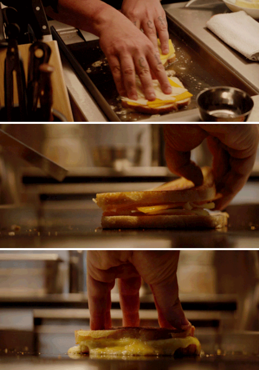 "Jon Favreau's character making the perfect grilled cheese in ""Chef"""