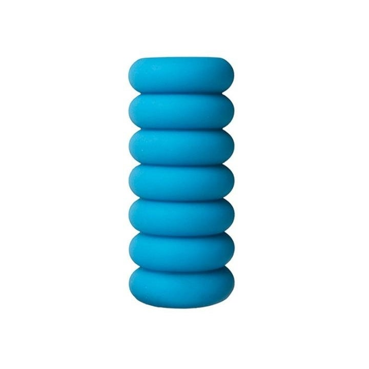 stroker that looks like a tube made of seven thick circles stacked on top of each other