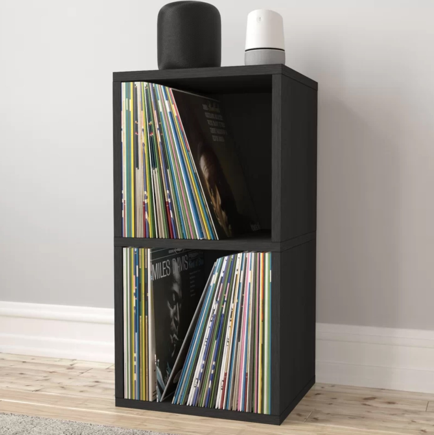 The cube bookcase in black