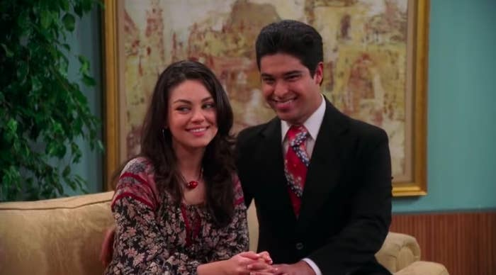 Jackie and Fez as a couple in Season 8