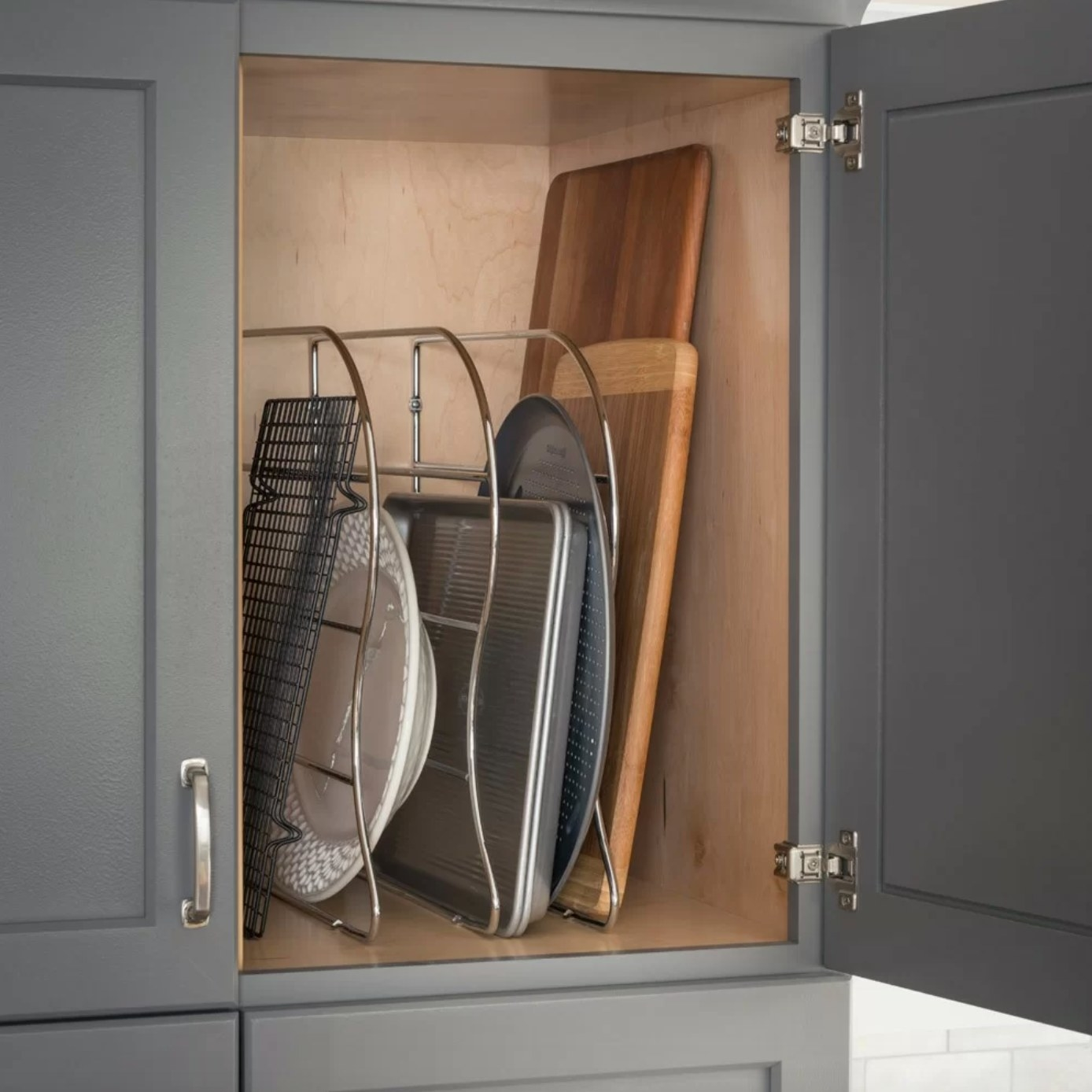 The drawer organizer in silver