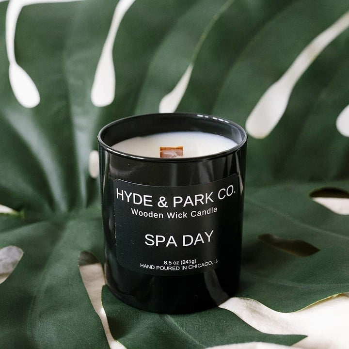 Spa Day scented candle with wooden wick