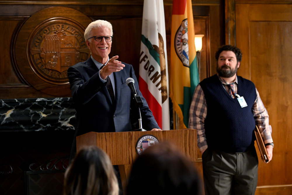 Ted Danson and Bobby Moynihan as Neil and Jayden in Mr. Mayor