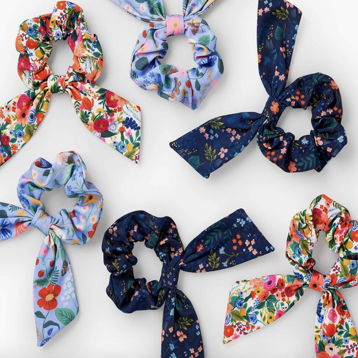 all the scrunchies together