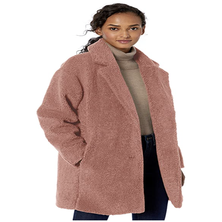 a model in the coat in pink
