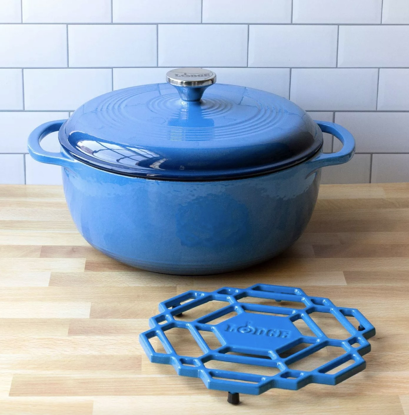 the dutch oven in blue