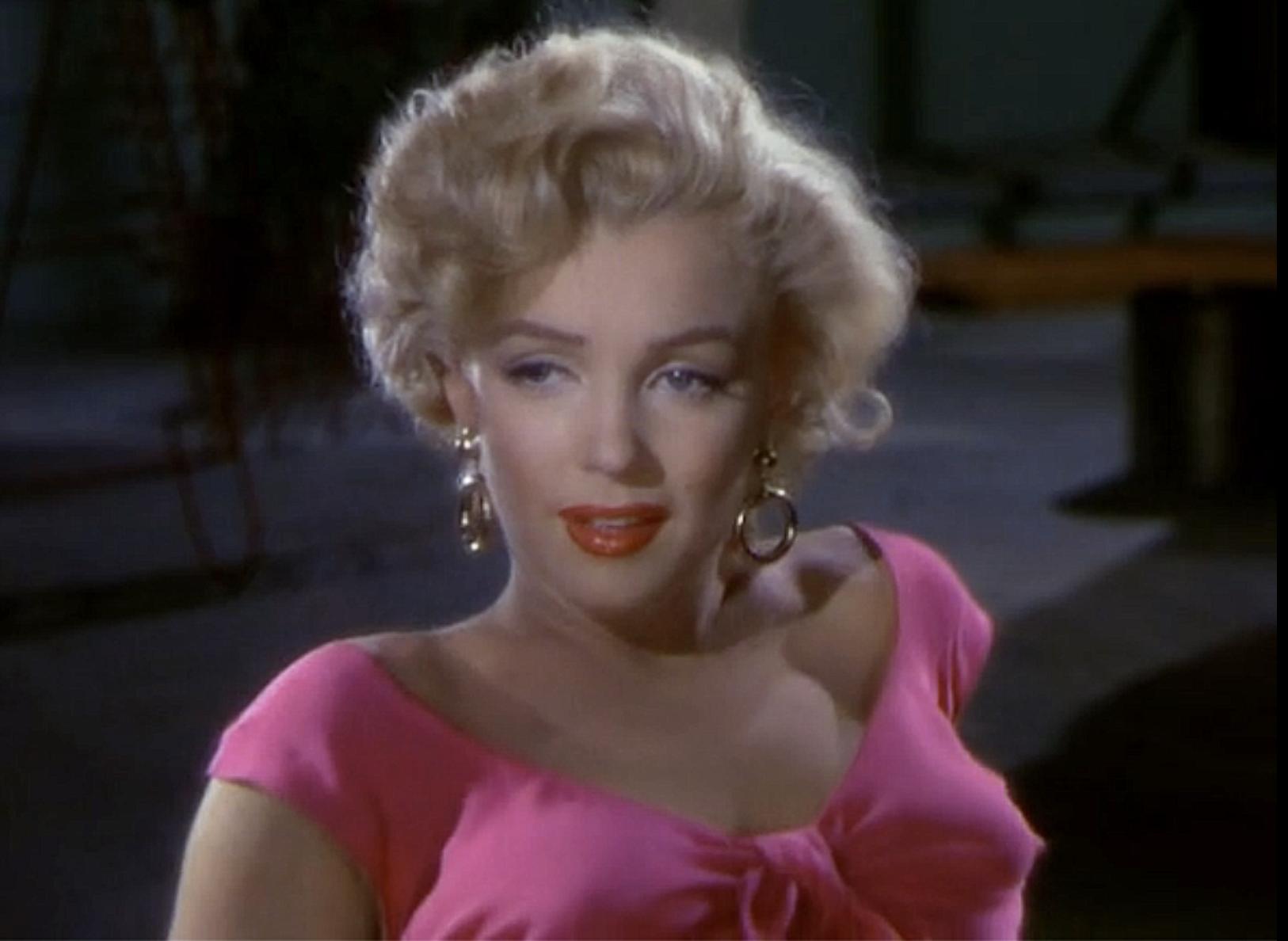 "Marilyn wearing pink in ""Gentlemen Prefer Blondes"""