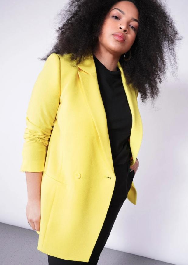 model wearing the yellow longline blazer
