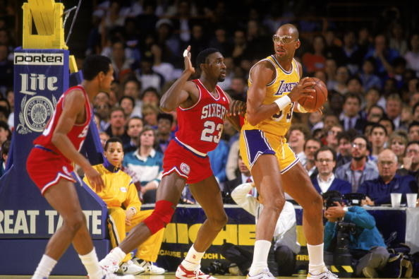 Kareem Abdul-Jabbar playing basketball