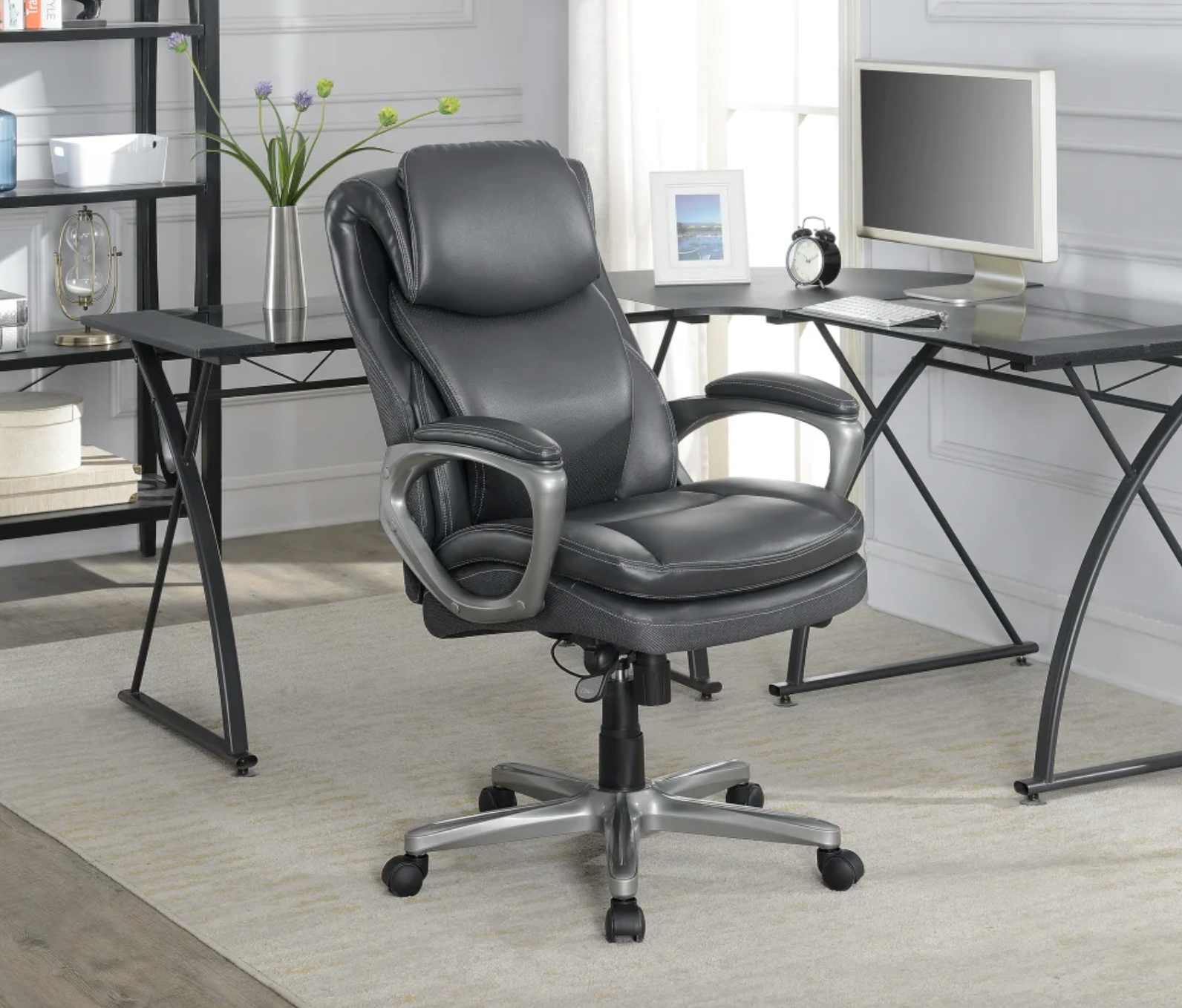 the black faux leather desk chair