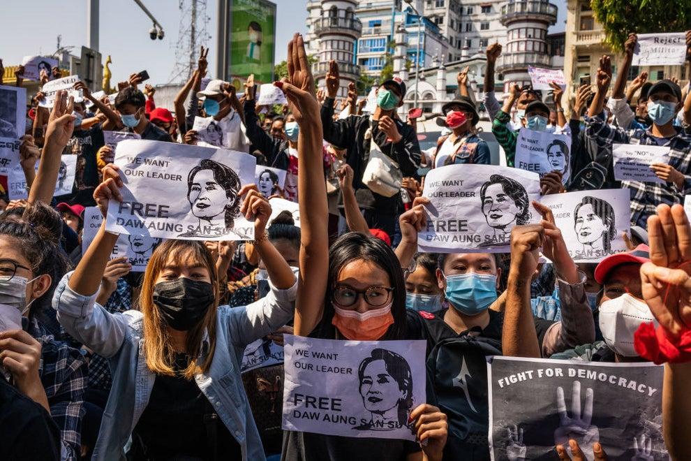 デモ なぜ ミャンマー